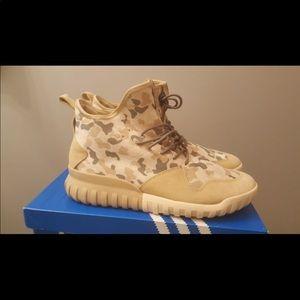Adidas Tubular X UNCGD size 6 and 8 Men's